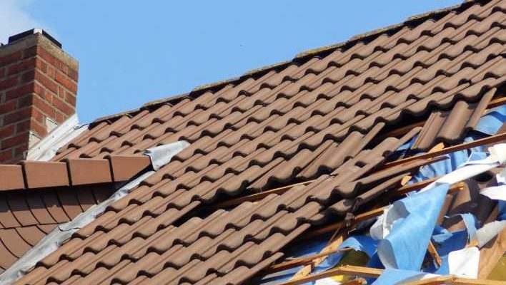 The Do's and Don'ts of Roofing Insurance Claims for Storm Damage